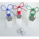Llavero metal flor en caja alta con 3 bombones