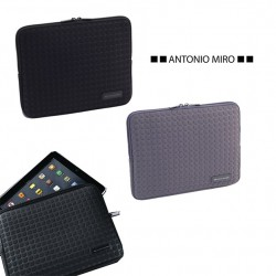 Funda iPad de Antonio Miró