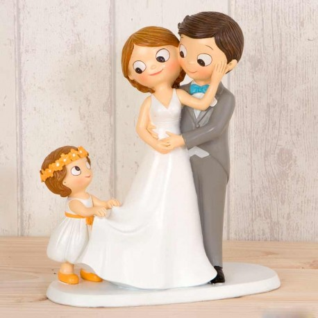 Figura para la tarta de Novios con niña sujetando la cola del vestido