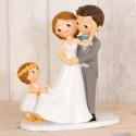 Figura para tarta de Novios con niña sujetando la cola del vestido