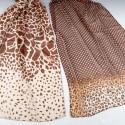 Pañuelo estampado tonos beige y marrón