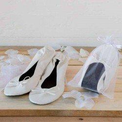 Bailarinas imitación piel blancas en bolsa