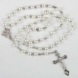 Rosario perlas blancas y plateado