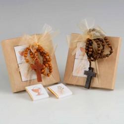 Rosario colgante madera en caja con dos napolitanas