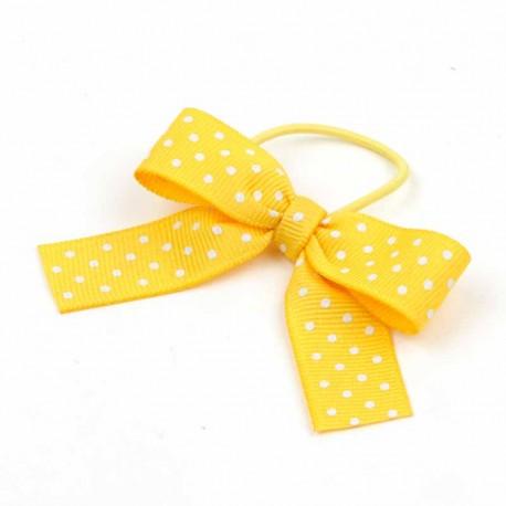 Lazo con topos de color amarillo