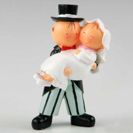 Figura de novios con la novia en brazos, figura para tarta