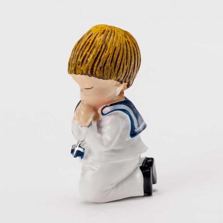 Imán de Comunión, niño marinero arrodillado