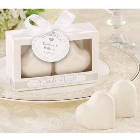 Salero y pimentero con forma de corazón en caja regalo