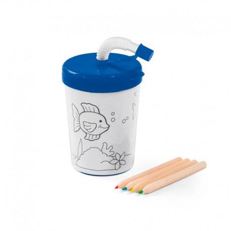 Vaso azul, de plastico, con pajita y lápices para pintar