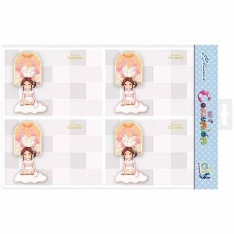 Bolsa 20 invitaciones Primera Comunión niña sentada, vidriera con paloma al fondo y sobre