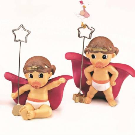 Clip portafotos o portanotas bebé Superheroína con capa y pañales, recuerdo bautizo