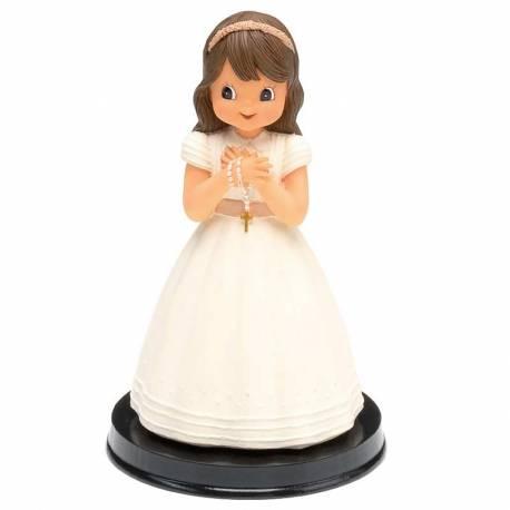 Figura niña comunión con rosario, para decoración de la tarta