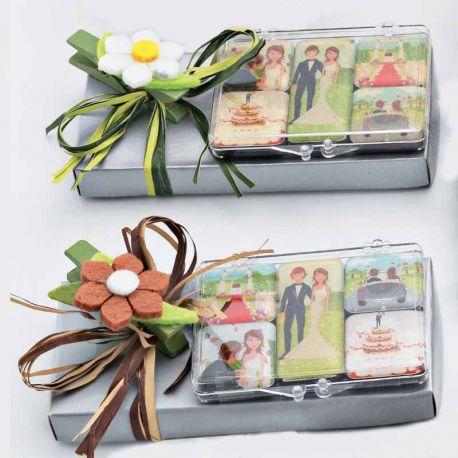 Set 5 imanes escenas boda en caja con caramelos y pinza flor, recuerdo para boda