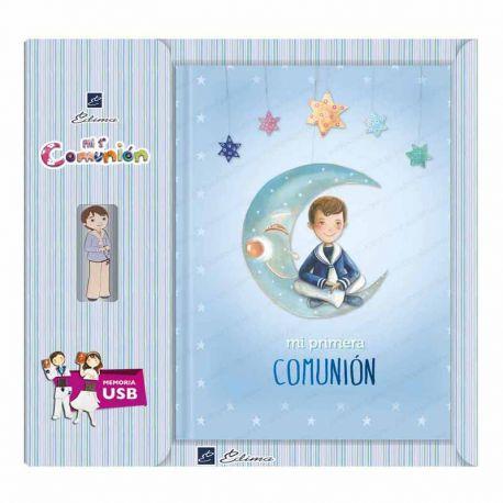 Libro de firmas Comunión con USB, niño marinero sentado sobre la luna Tamaño 22 x 30 cm