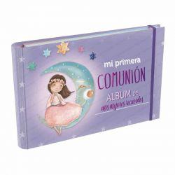 Álbum Comunión Mis Mejores Recuerdos, niña sentada sobre la luna
