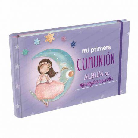 Álbum Comunión Mis Mejores Recuerdos, niña sentada sobre la luna. Tamaño 23 x 15 x 2,5 cm.