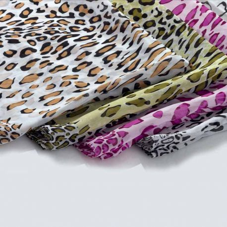 Pashmina estampada leopardo, colores variados