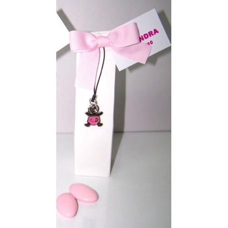 Colgante para el móvil bebé niña en pañales, con peladillas de chocolate