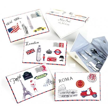 Set manicura con forma de carta, incluye pinzas, tijeras, corta uñas y espatula