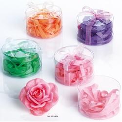 Rosa de jabón con virutas de jabón