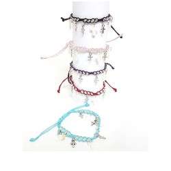 Pulsera ajustable con cruces