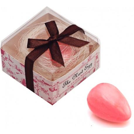 Jabón con forma de huevo y simulando un nido, en caja regalo