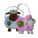 Bolso infantil con forma de oveja de fieltro