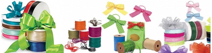 Rafias, cintas y lazos Accesorios para la decoración de los detalles. Cintas, lazos, rafias...