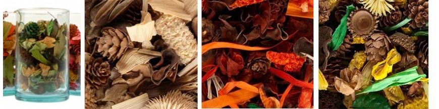 Detalles de boda:saquitos perfumados, popurrí En esta sección tienes saquitos perfumados con distintos aromas. Detalles de Bodas, regalos de Comunión y Bautizos aromáticos y originales. Te sorprenderá su agradable aroma. Llena tu armario o cajones...