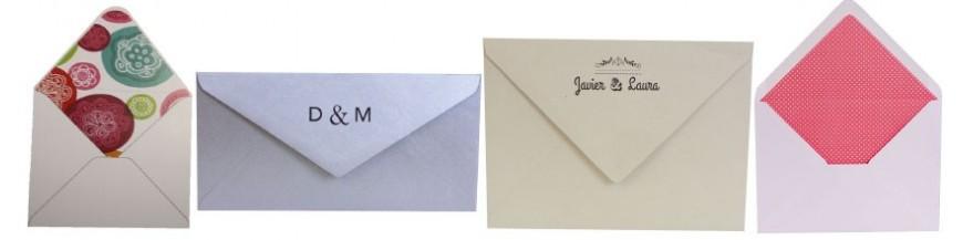 Forros para sobres de invitacionespara boda Te proponemos diferentes ideas para presentar tus invitaciones... ¿has pensado en usar un sobre a juego con tu invitación favorita? ¿sabes que puedes personalizarlos con bonitos forros que llenen de color...