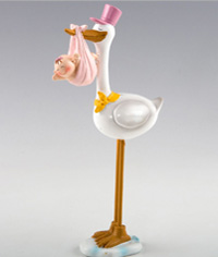 Figura para tarta de Bautizo Cigüeña con gorro rosa